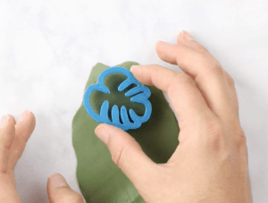 how to make clay earrings monstera leaf